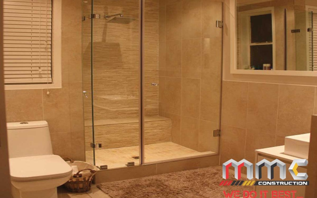 Parkhurst Main Bathroom